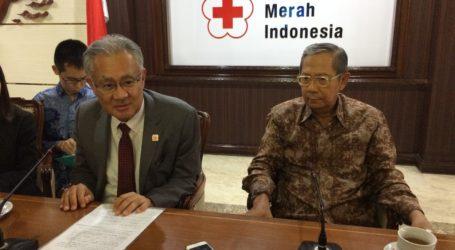 Dubes Jepang Serahkan Bantuan Rp. 5 Miliar untuk Korban Gempa Lombok