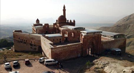 Istana Ishak Pasha di Turki Jadi Magnet Wisatawan
