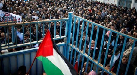 Ratusan Orang Hadiri Pemakaman Pemuda Palestina Syahid di Gaza