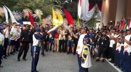 Anies Pelari Pertama Bawa Api Obor Asian Games Dari Tugu Monas