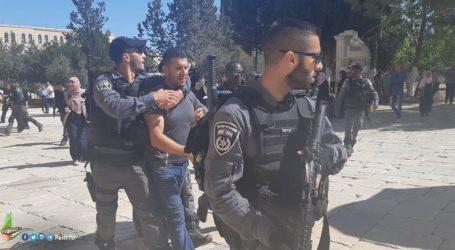 Israel Tangkap Penjaga Masjid Al-Aqsha