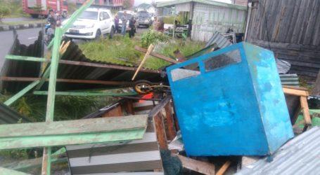 Bener Meriah Aceh Dihantam Angin Kencang