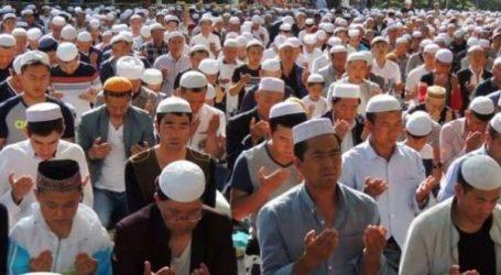 Imlek di Xianjiang, Muslim Dipaksa Makan Daging Babi dan Minum Alkohol