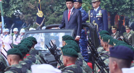 Jokowi Sanjung Peran Aktif TNI Jaga Stabilitas Nasional