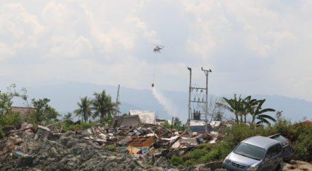 Helikopter MI-8 Lakukan Water Bombing di Wilayah Terdampak Likuifasi