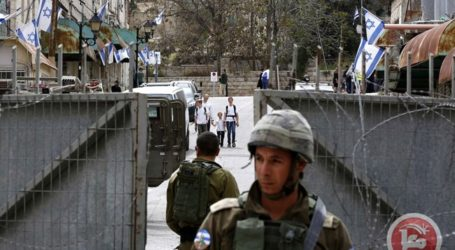 Remaja Palestina Berusaha Tikam Tentara Israel di Halaman Masjid Ibrahimi