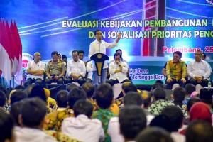 Ucapkan Selamat Hari Guru, Jokowi: Guru Adalah Pembangkit Inspirasi