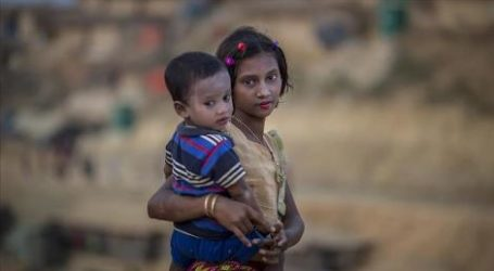 PBB Desak Bangladesh Tunda Pemulangan Pengungsi Rohingya