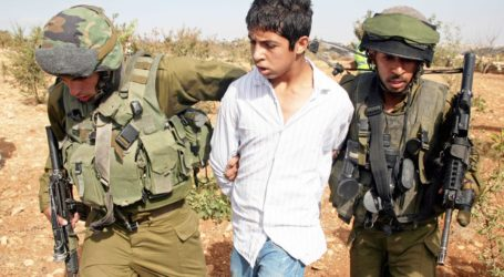 Laporan: 95% Anak-anak Palestina yang Ditahan Israel Disiksa