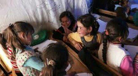 Anak Muslim Uygur Akhirnya Bisa Belajar Bahasa Asli