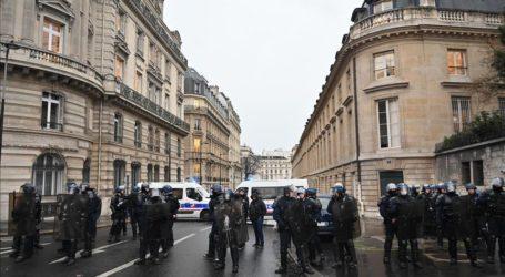 Polisi Prancis Menahan 32 Siswa Protes Reformasi Pendidikan
