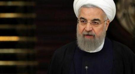 Presiden Iran Ingatkan Warganya Bersiap Hidup Lama Bersama Corona