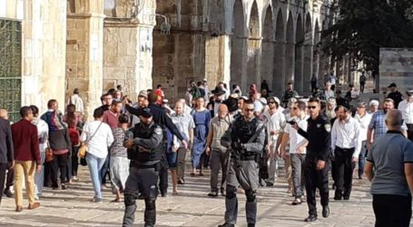 Menteri Israel Pimpin Ekstrimis Masuki Masjid Al-Aqsa
