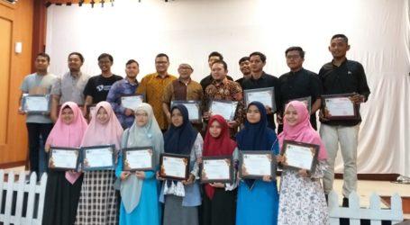 Akhiri 2018, Jurusan KPI Ar-Raniry Beri Penghargaan Bagi Mahasiswa dan Dosen Kreatif