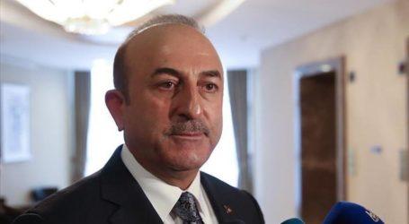 Menlu Turki dan Pemimpin Tatar Krimea Bertemu