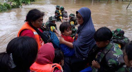 Tim UAR Ikut Lakukan Operasi Pencarian Korban Tsunami di Lampung Selatan