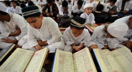Membaca Al-Quran Selamat dari Tsunami
