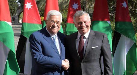 Raja Yordania Sambut Kedatangan Presiden Palestina di Amman