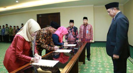 Menag Lantik Prof. Hajjah Amany Lubis sebagai Rektor UIN Jakarta