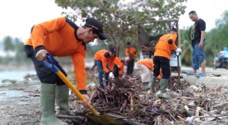 UAR Lampung Teruskan Pembersihan Rumah Warga Korban Tsunami