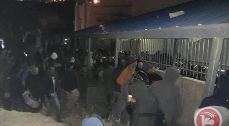 Pasukan Israel Serang Pekerja Palestina di Pos Pemeriksaan 300