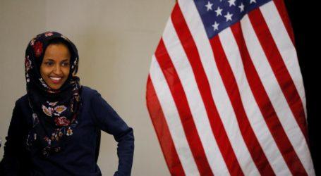 Ilhan Omar Wanita Muslim Pertama Pakai Jilbab di Kongres AS