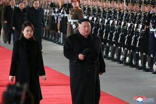 Kim Jong-un Kunjungi Cina di tengah Pembicaraan KTT ke-2 dengan Trump