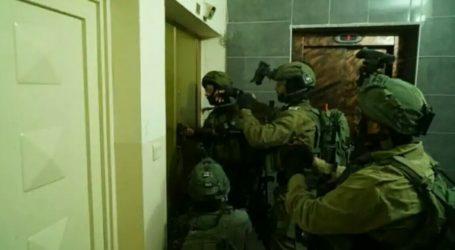 Lagi, Israel Tangkap 22 Warga Palestina di Tepi Barat