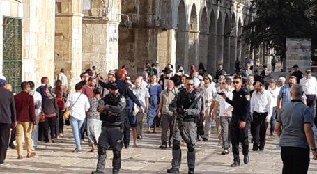 Ratusan Pemukim dan Pasukan Israel Serbu Masjid Al-Aqsa