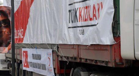 LSM Turki Salurkan Pakaian Bagi Pengungsi Somalia