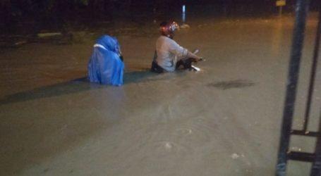 Ribuan Orang Mengungsi Akibat Banjir di Papua