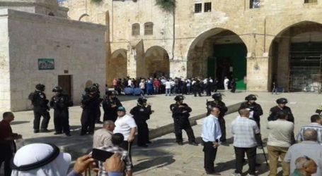 Israel Larang Pejabat Wakaf dan Lansia Masuk Al-Aqsha