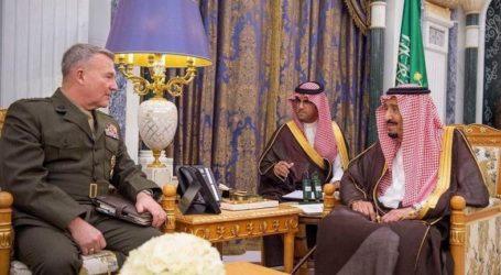Raja Salman dan Putra Mahkota Terima Komandan Komando Pusat AS