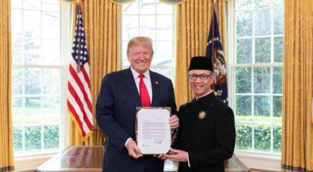 Dubes Indonesia Serahkan Surat Kepercayaan Kepada Presiden Trump