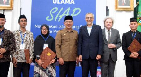 Ridwan Kamil Wisuda 30 Ulama Muda yang Lulus English for Ulama