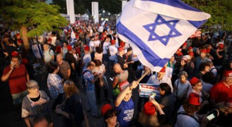 Puluhan Ribu Warga Israel Protes RUU Kekebalan Netanyahu