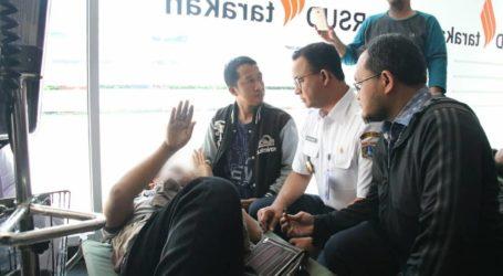 Anies Jenguk Korban Luka Akibat Demo di RS Tarakan