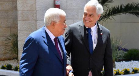Presiden Chili Bertemu Presiden Palestina di Ramallah