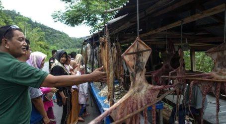 Ikan Asin Oleh-Oleh Dari Leupung (Oleh: Aprizal Rachmad)