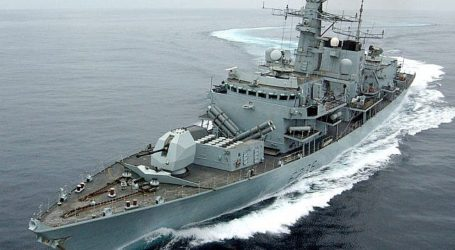 Kapal Perang Inggris Dilaporkan Gagalkan Upaya Iran Rebut Tanker Inggris di Teluk