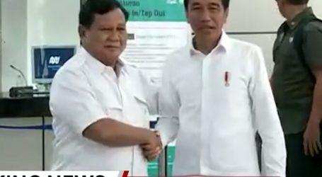 Jokowi-Prabowo Bertemu di MRT