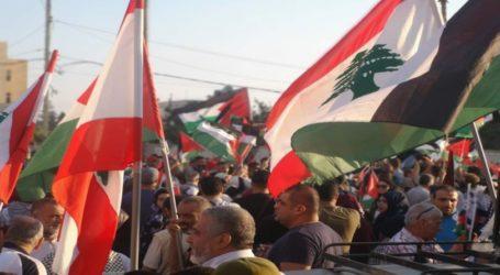 Masyarakat Lebanon Demo di Depan Kedubes AS di Beirut
