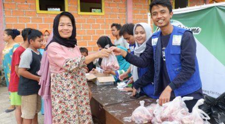 RISKA Peduli Salurkan 550 Paket Daging Kurban