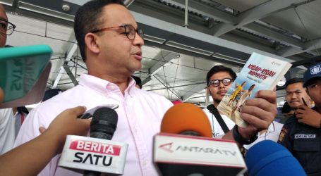 Anies Luncurkan Program Ruang Baca Jakarta di Stasiun MRT