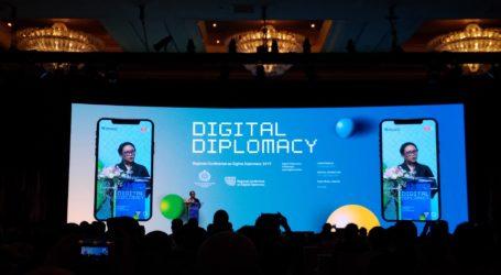 Menlu RI: Digital Diplomasi adalah Keniscayaan