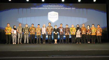 Pegiat Perlindungan WNI Dapat Penghargaan Hassan Wirajuda