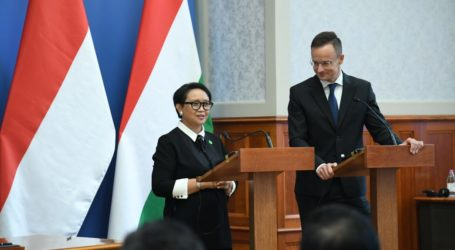 Menlu RI Ajak Para CEO Hongaria Invest di Indonesia