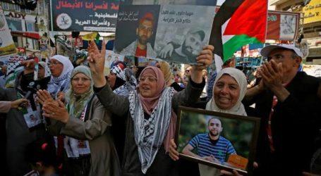 Tahanan Palestina Akhiri 89 Hari Mogok Makan