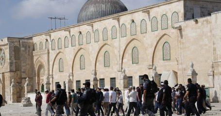 Ratusan Pemukim Yahudi Paksa Masuk ke Kompleks Al-Aqsa