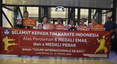 Tim Pelajar Indonesia Juara Pertama Kejuaraan Karate di Luxembourg